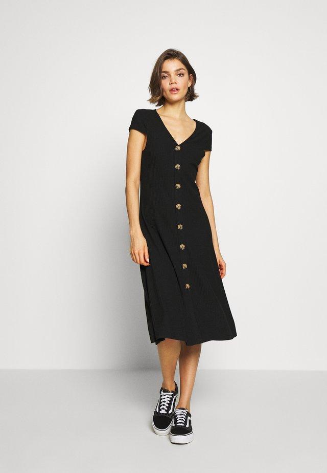 ONLNELLA DRESS - Vestido ligero - black