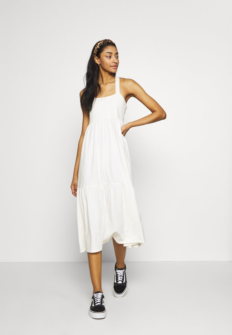 ONLY - ONLVANNA DRESS - Jerseykjole - cloud dancer