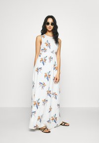 ONLY - ONLCARRIE DRESS - Maxi šaty - cloud dancer/nature mix - 2