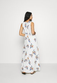 ONLY - ONLCARRIE DRESS - Maxi šaty - cloud dancer/nature mix - 3