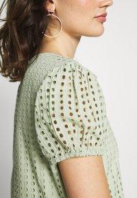 ONLY - ONLSANNIE CALF DRESS - Kjole - desert sage - 4