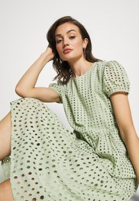 ONLY - ONLSANNIE CALF DRESS - Kjole - desert sage - 7