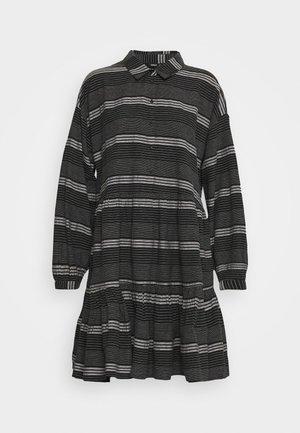 ONLMILA SHORT DRESS - Košilové šaty - black/cloud dancer