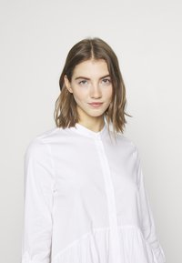 ONLY - ONLDITTE LIFE DRESS - Blousejurk - white - 4