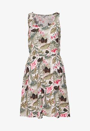 ONLNOVA LIFE SARA DRESS - Denní šaty - white
