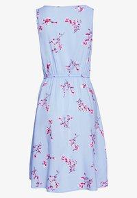 ONLY - ONLNOVA LIFE SARA DRESS - Korte jurk - light blue - 1