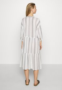 ONLY - ONLDORRIE MIDI DRESS - Korte jurk - cloud dancer/black - 2