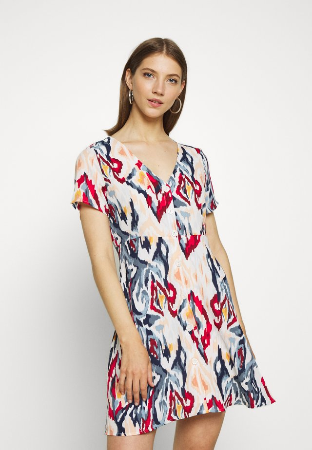 ONLALMA LIFE BUTTON DRESS - Vestido camisero - cloud dancer