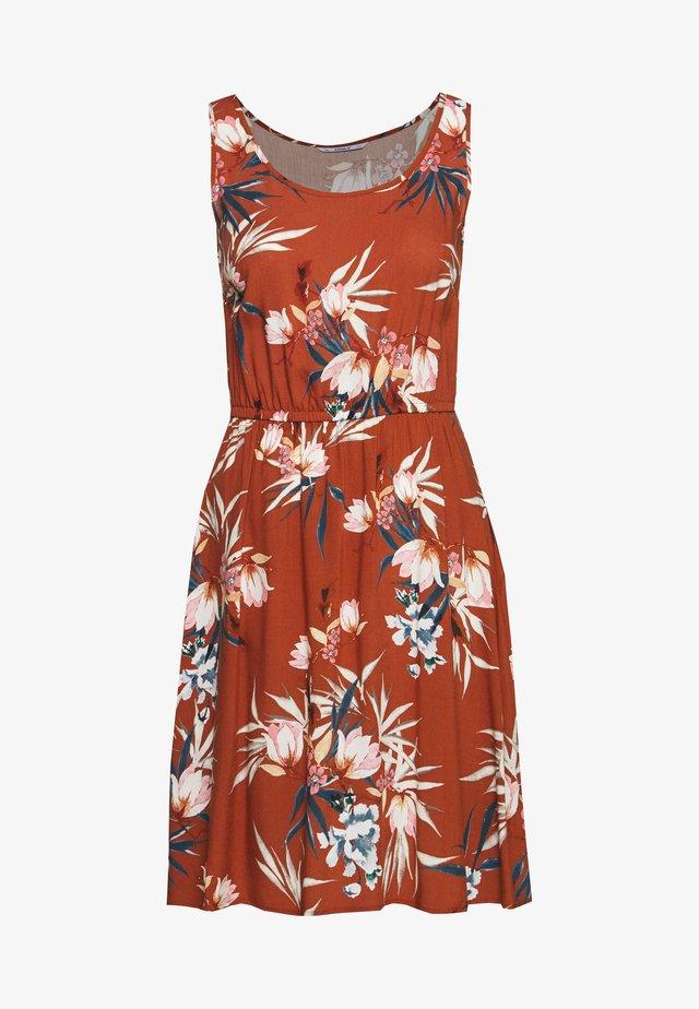 ONLNOVA LIFE SARA DRESS - Korte jurk - ginger bread/devon