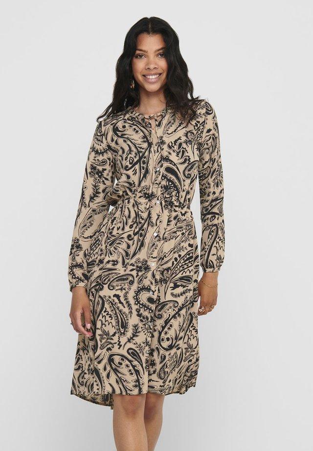 Vestido camisero - warm taupe