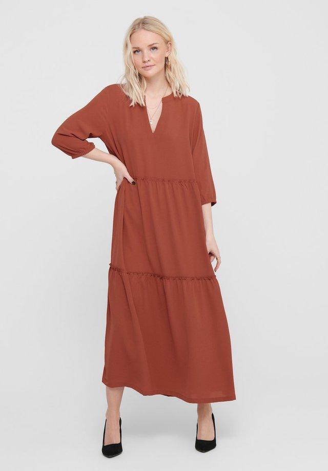 Vestido informal - marsala