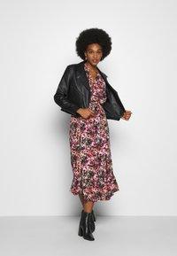 ONLY - ONLLAVIN 7/8  CALF DRESS - Maxi dress - black - 1