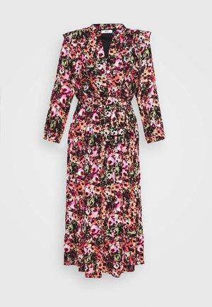 ONLLAVIN 7/8  CALF DRESS - Robe longue - black