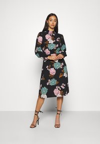 ONLY - ONLNOVA LUX SMOCK BELOW KNEE DRESS - Korte jurk - black - 0