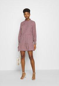 ONLY - ONLCAROLE LIFE DRESS  - Vestido informal - pomegranate - 1