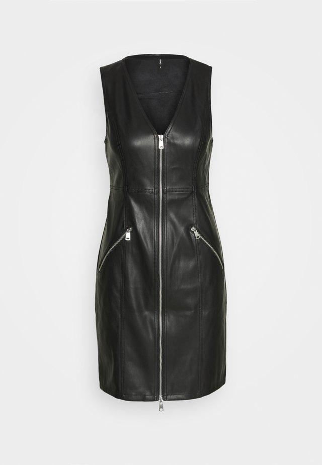 ONLSARAH DRESS - Vestido de tubo - black