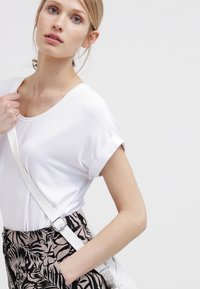 ONLY - ONLMOSTER - T-shirt basique - white - 3