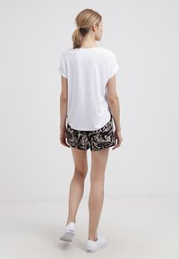 ONLY - ONLMOSTER - T-shirt basique - white - 2