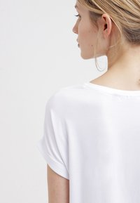 ONLY - ONLMOSTER - T-shirt basique - white - 4
