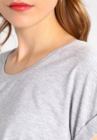 ONLY - ONLMOSTER - Camiseta básica - light grey melange - 3