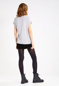 ONLY - ONLMOSTER - Camiseta básica - light grey melange - 2