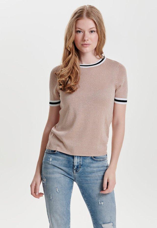 MIT KURZEN ÄRMELN  - T-shirt print - rose smoke