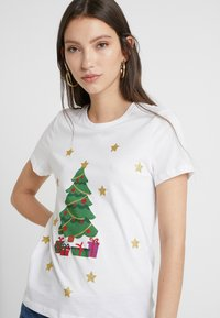 ONLY - ONLCHRISTMAS BLING BOX - T-shirt imprimé - bright white - 4