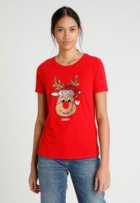 ONLY - ONLCHRISTMAS BLING BOX - Print T-shirt - goji berry - 0