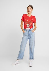ONLY - ONLCHRISTMAS BLING BOX - T-shirts med print - goji berry - 1