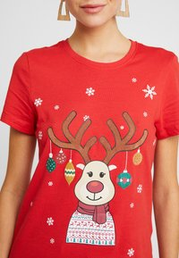 ONLY - ONLCHRISTMAS BLING BOX - T-shirts med print - goji berry - 5