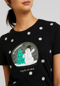 ONLY - ONLCHRISTMAS BLING BOX - T-shirts med print - black - 4
