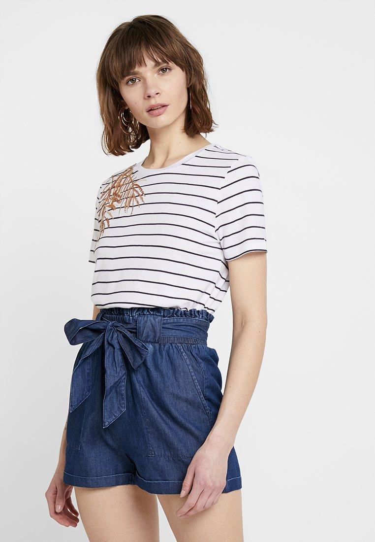 ONLY - ONLKITA PALM BOX - T-Shirt print - bright white/black