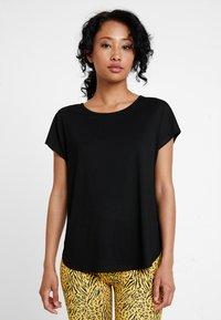 ONLY - ONLMIMI - T-shirt med print - black - 0