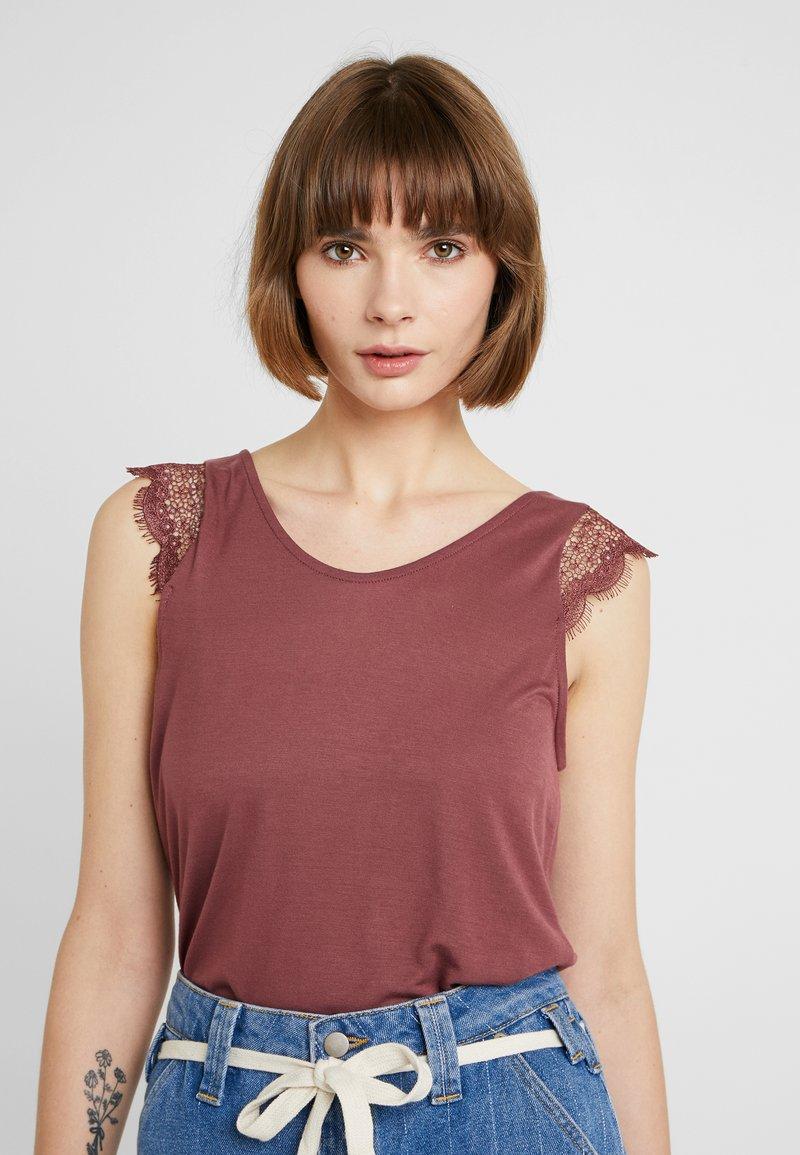ONLY - ADELINA - Camiseta estampada - wild ginger
