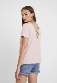 ONLY - ONLMOSTER STRING - T-Shirt print - pale mauve - 2