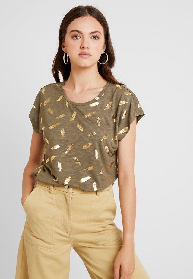 ONLFEATHER - Camiseta estampada - kalamata/gold