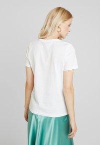 ONLY - ONLLINETT BOX - Triko spotiskem - bright white - 2