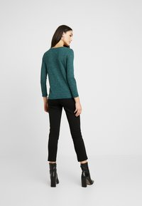 ONLY - ONLCAMERA - T-shirt à manches longues - ponderosa pine - 2