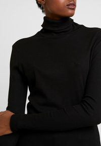 ONLY - ONLNANCY TURTLENECK - T-shirt à manches longues - black