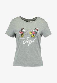 ONLY - ONLDISNEY FIT XMAS TOP BOX CO  - T-shirt z nadrukiem - light grey melange/joy - 3
