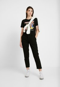 ONLY - ONLDISNEY MIX - Print T-shirt - black - 1