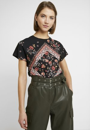 ONLCARIN REG BAT TIGER FLOWER - Blusa - black
