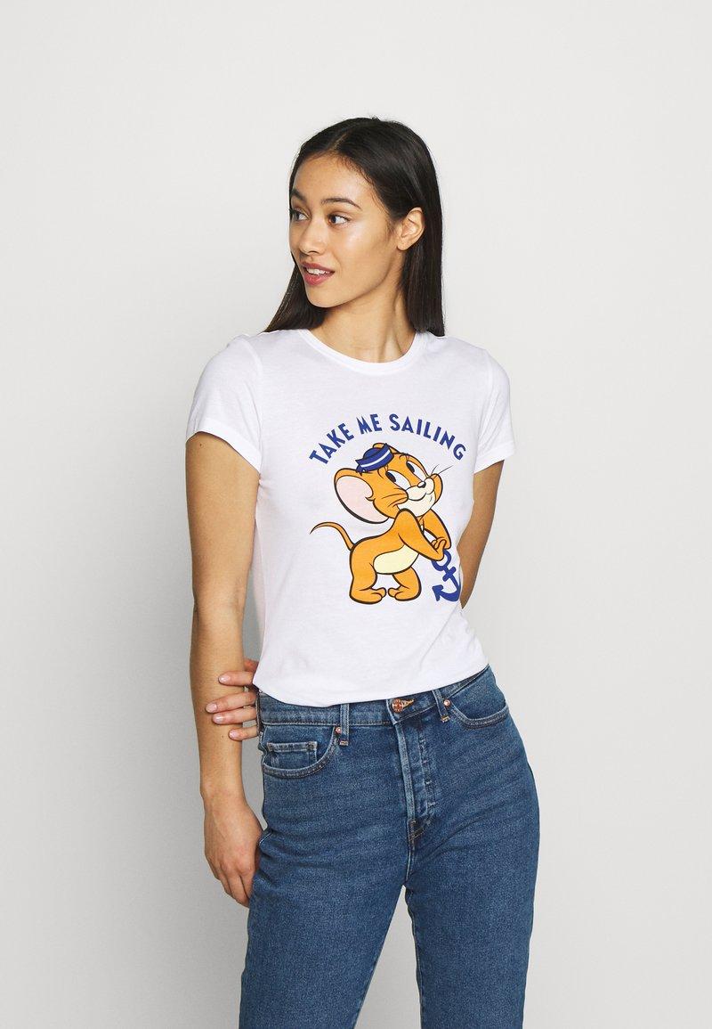 ONLY - TOM & JERRY LIFE - T-shirt z nadrukiem - bright white