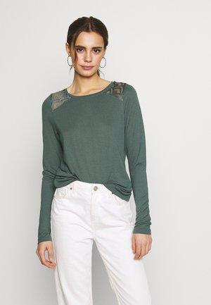 ONLNICOLE - Camiseta de manga larga - balsam green
