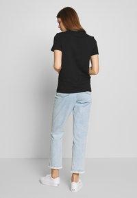 ONLY - ONLKITA LIFE BEE BOX - Print T-shirt - black - 2