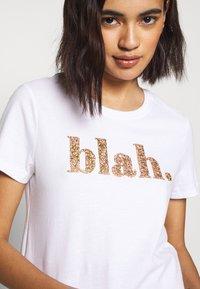 ONLY - ONLGITA REG BOX - Print T-shirt - bright white - 4