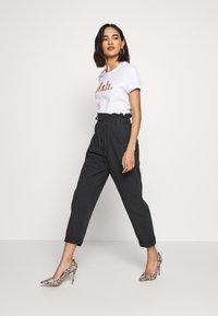 ONLY - ONLGITA REG BOX - Print T-shirt - bright white - 1