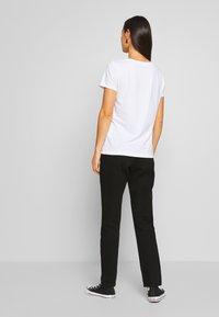 ONLY - ONLKITA BOOSTER - Print T-shirt - white/cactus - 2