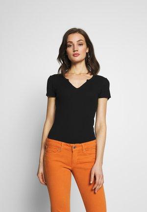 ONLVICKY TEE - Camiseta básica - black