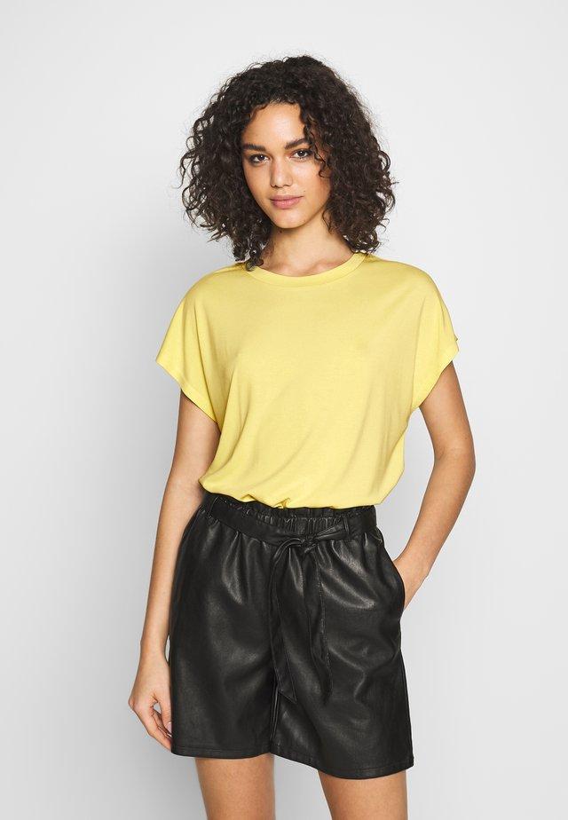 ONLFREE LIFE O-NECK - Camiseta básica - pineapple slice